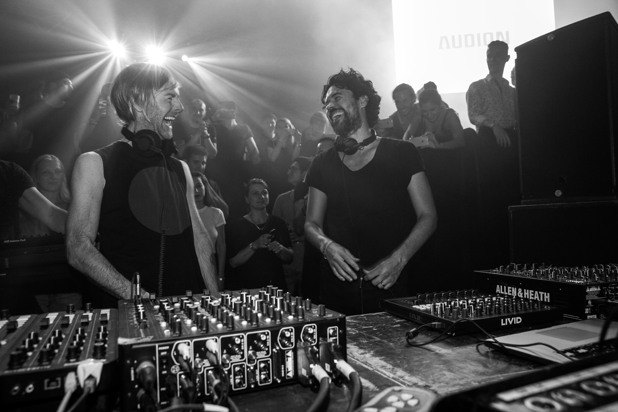aldo-paredes-war-richie-hawtin-hd-21