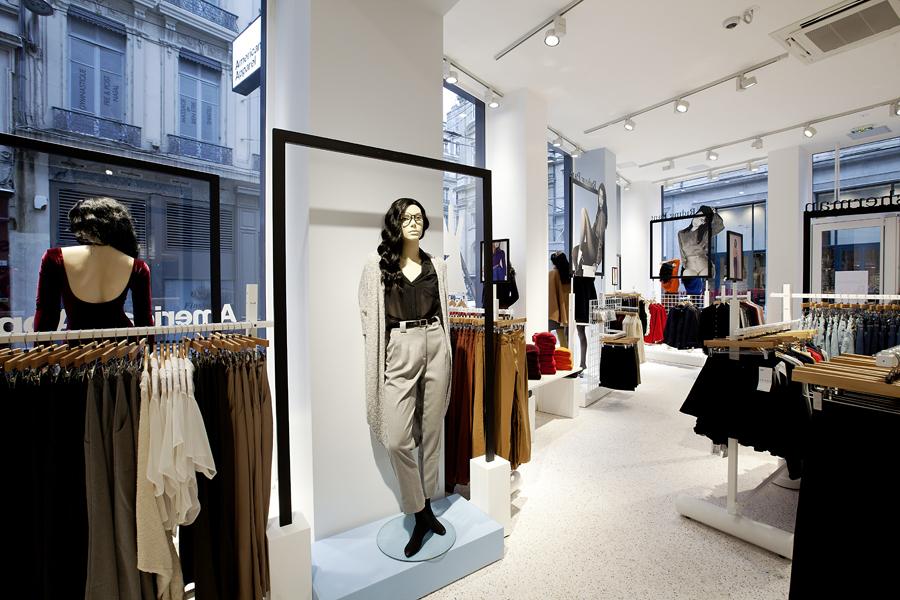 aldo_paredes_for_american_apparel_shop_bd-16