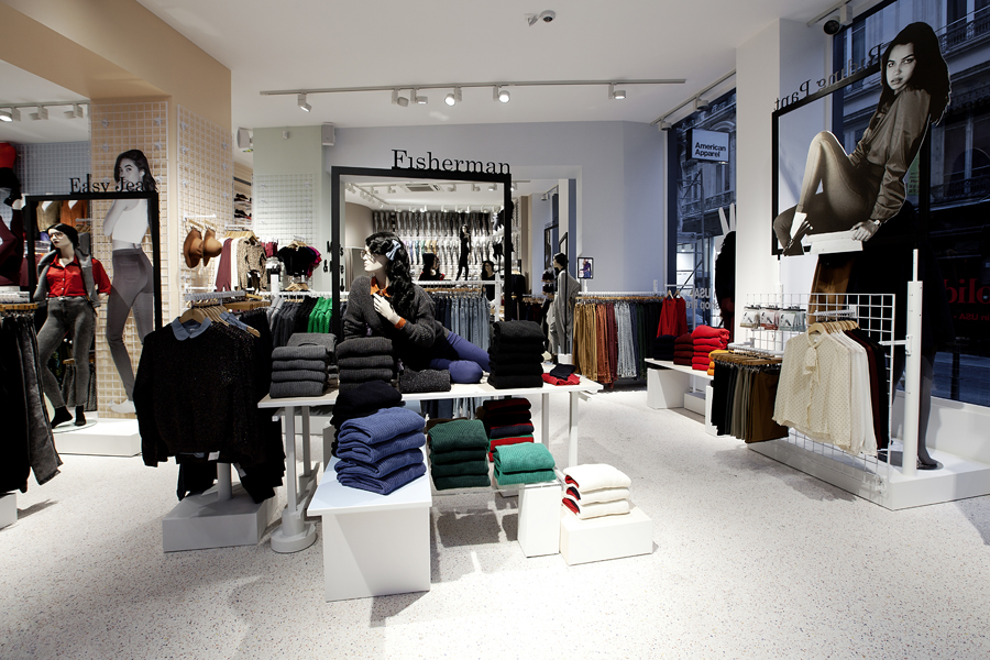 aldo_paredes_for_american_apparel_shop_bd-2