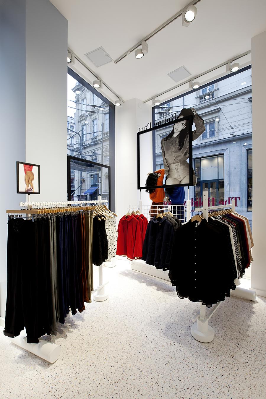 aldo_paredes_for_american_apparel_shop_bd-20