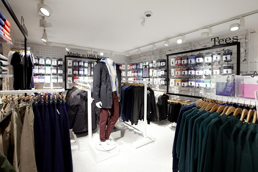 aldo_paredes_for_american_apparel_shop_bd-31