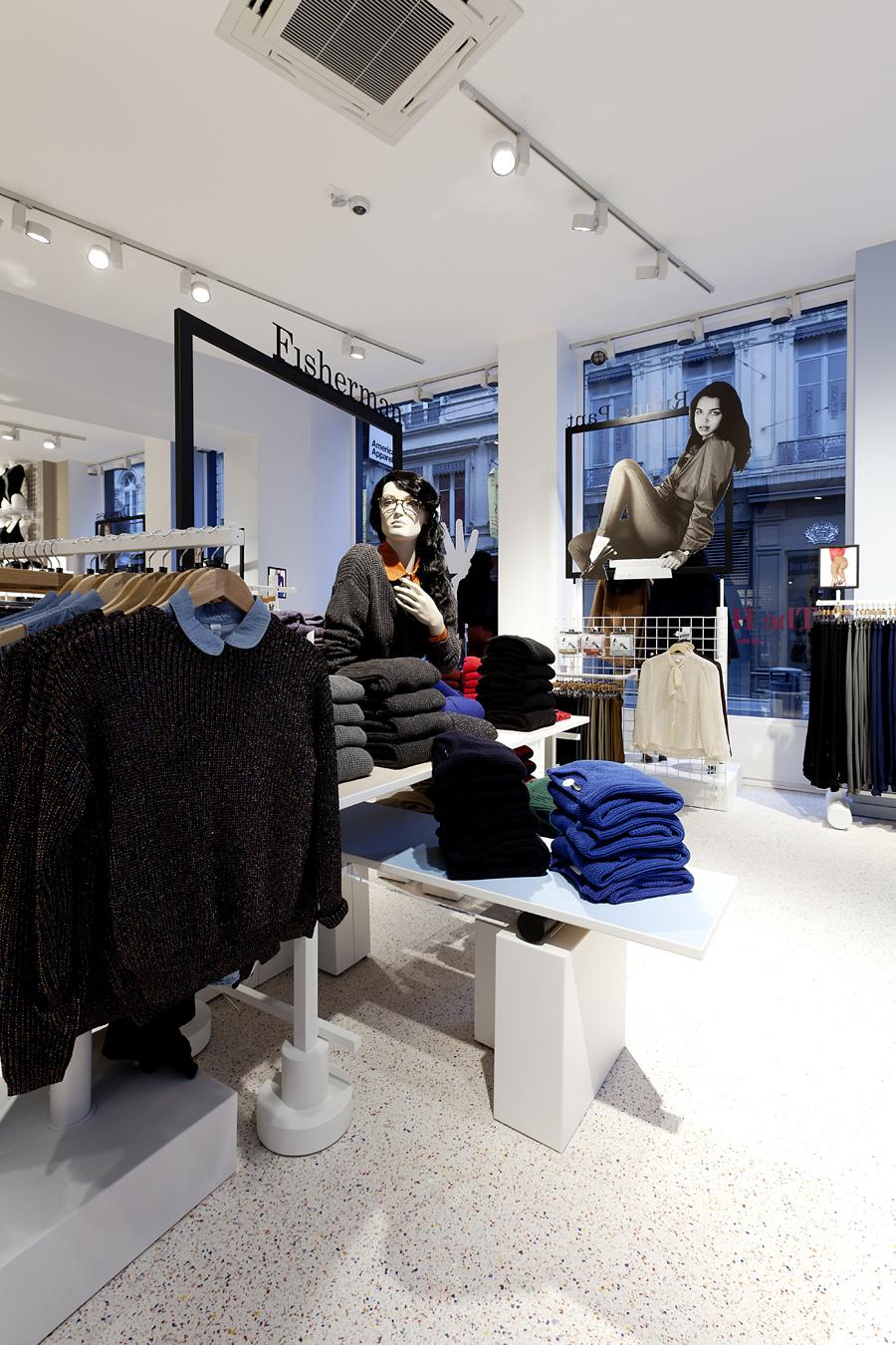 aldo_paredes_for_american_apparel_shop_bd-7