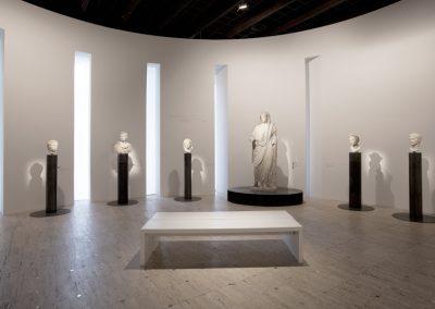 MOI, AUGUSTE, EMPEREUR DE ROME…, Grand Palais, Paris 2014, scénographie Véronique Dollfus