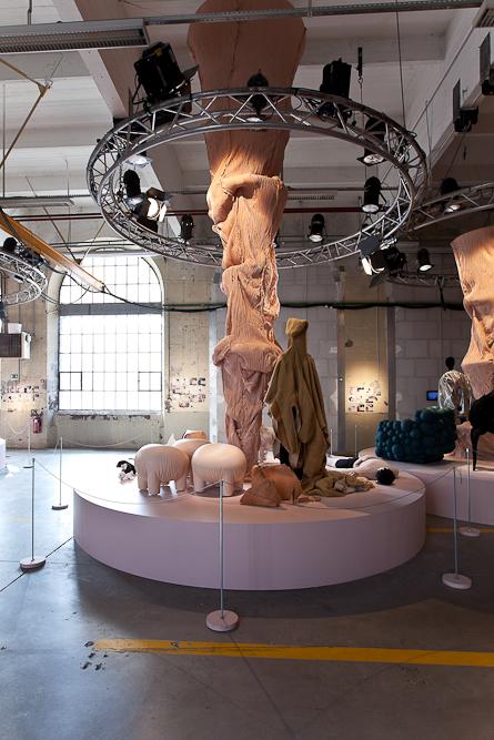 aldo_paredes_biennale_design_batiment_h_nord_bd-29