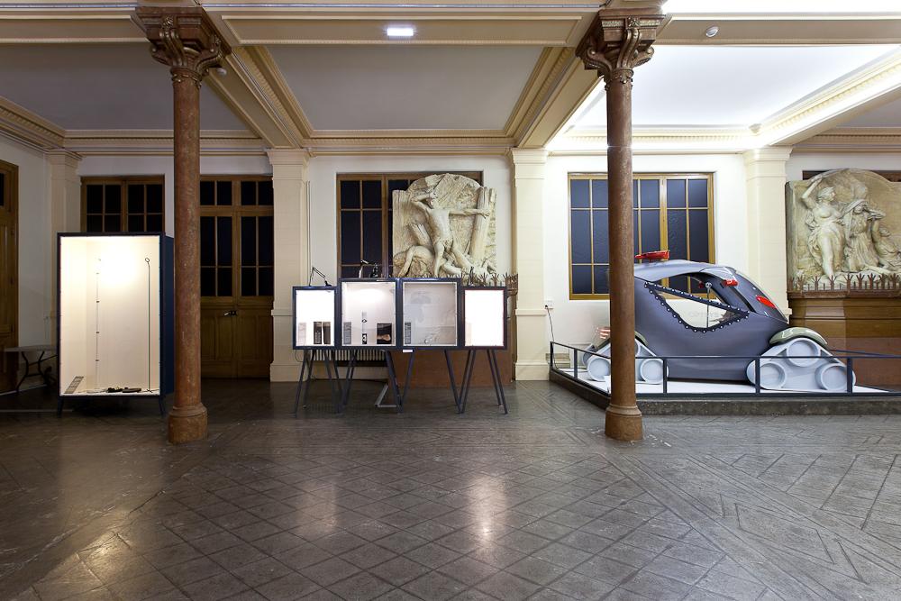 aldo_paredes_biennale_design_bourse_du_travail_bd-1