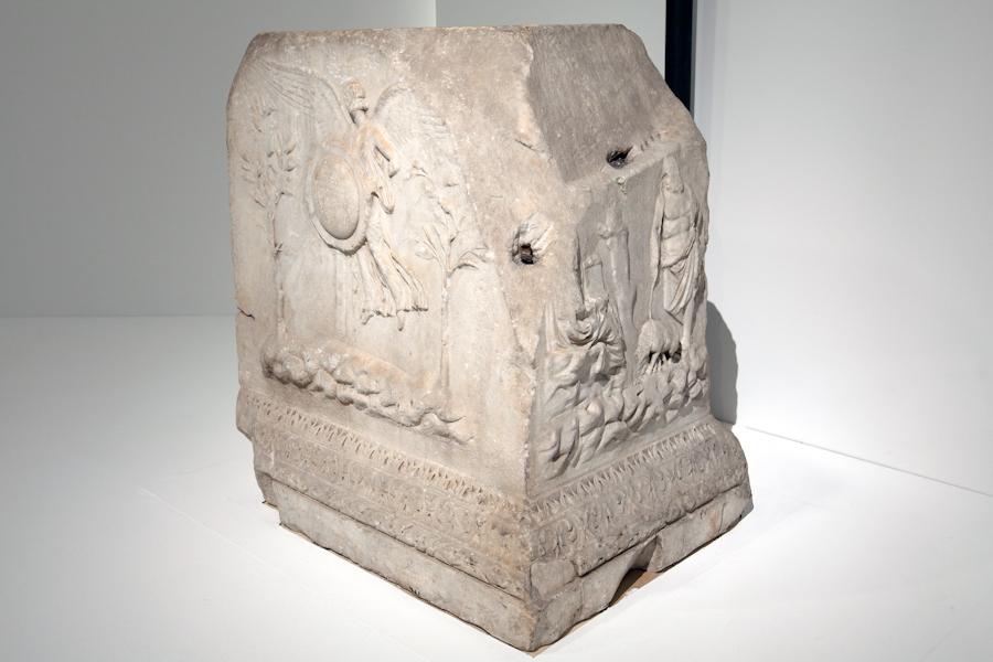 aldo_paredes_moi_auguste_empereur_rome_rmn-gp_hd-56