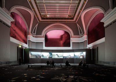 Transformation – une œuvre monumentale d'Almagul Menlibayeva, Grand Palais, Paris 2016-2017, scénographie Almagul Menlibayeva