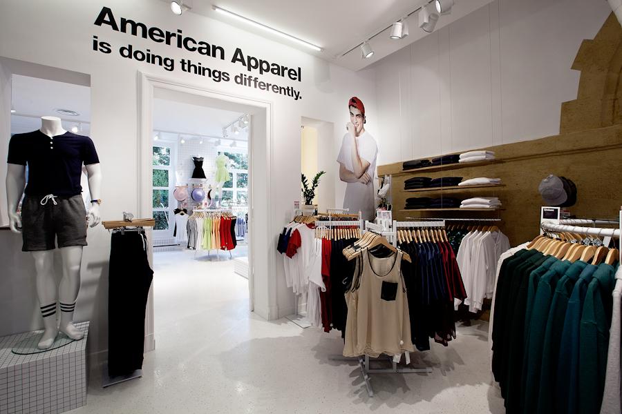 aldo_paredes_american_apparel_aix_en_provence_boutique_hd-26