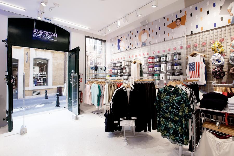 aldo_paredes_american_apparel_aix_en_provence_boutique_hd-5