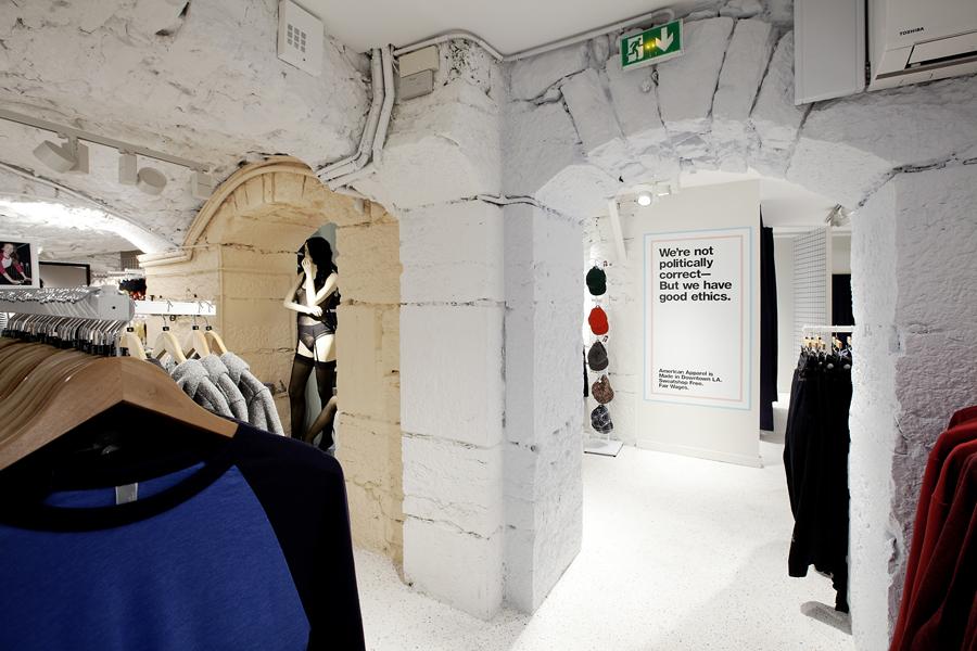 aldo_paredes_for_american_apparel_shop_bd-33