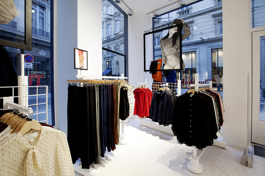 aldo_paredes_for_american_apparel_shop_bd-4