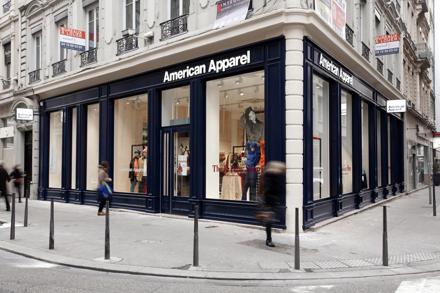 aldo_paredes_for_american_apparel_shop_bd-52