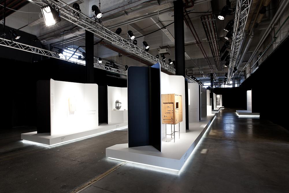 aldo_paredes_biennale_design_batiment_h_nord_bd-52