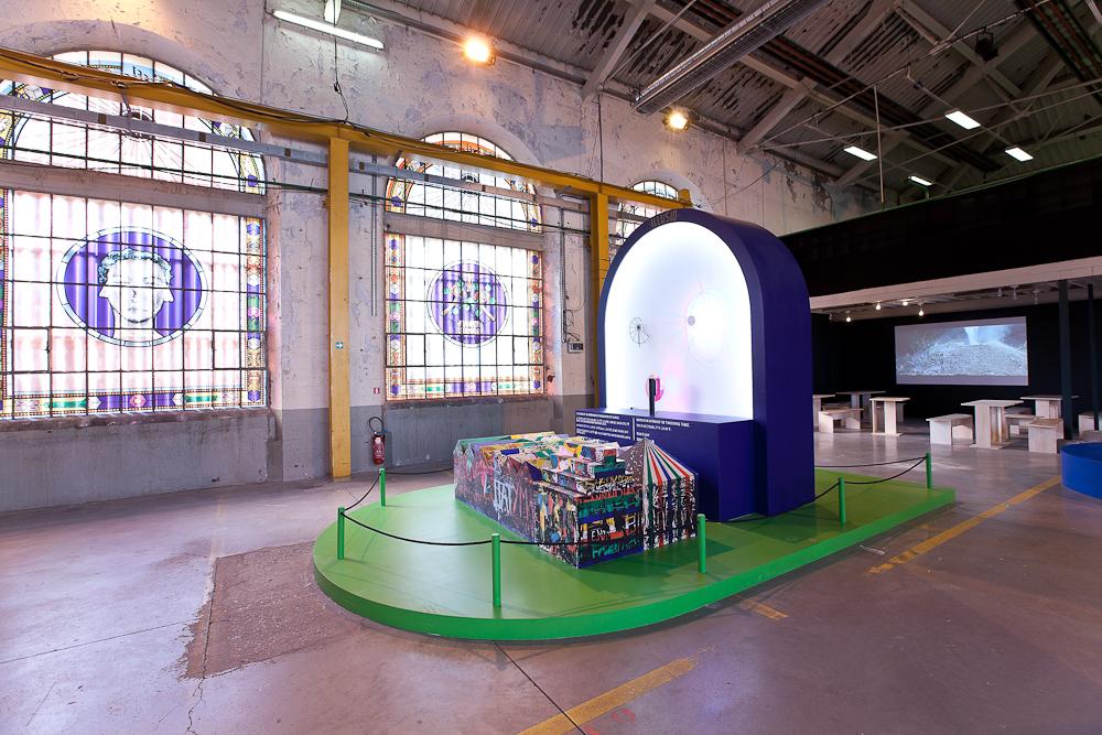 aldo_paredes_biennale_design_batiment_h_sud_bd-17