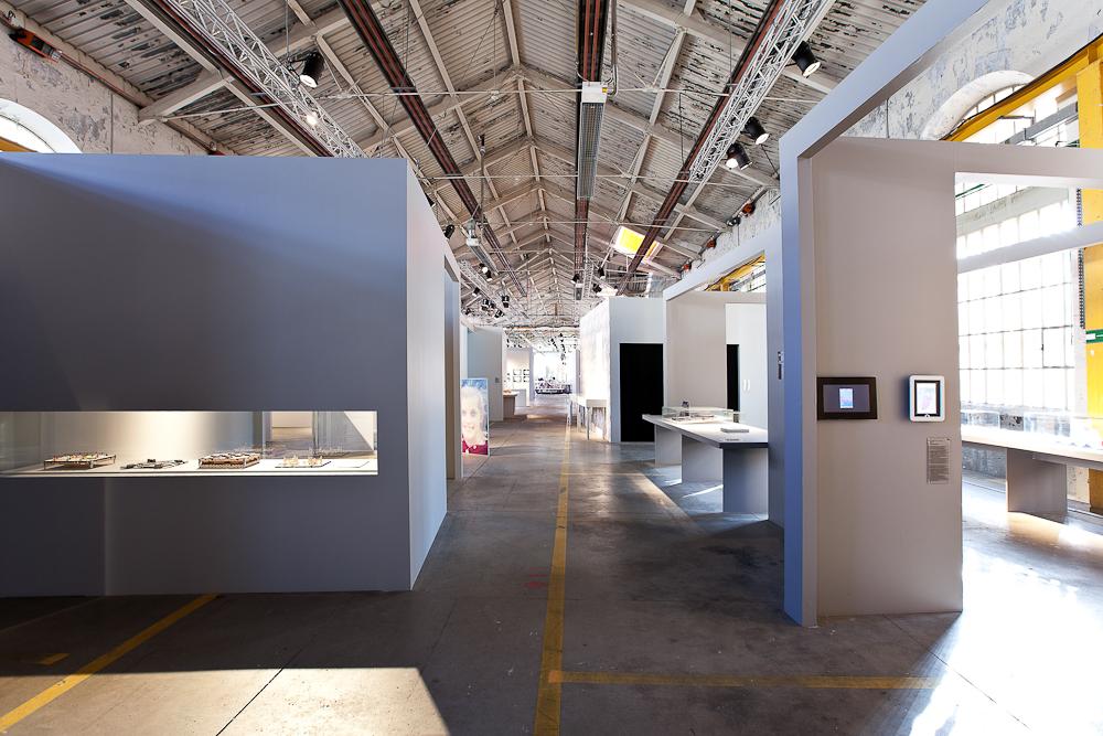 aldo_paredes_biennale_design_batiment_h_sud_bd-23