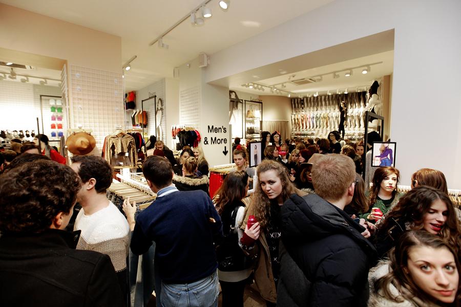 aldo_paredes_for_american_apparel_opening_lyon_bd-18