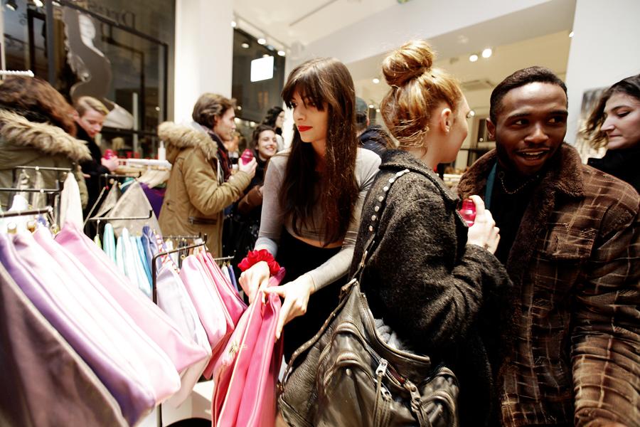 aldo_paredes_for_american_apparel_opening_lyon_bd-23