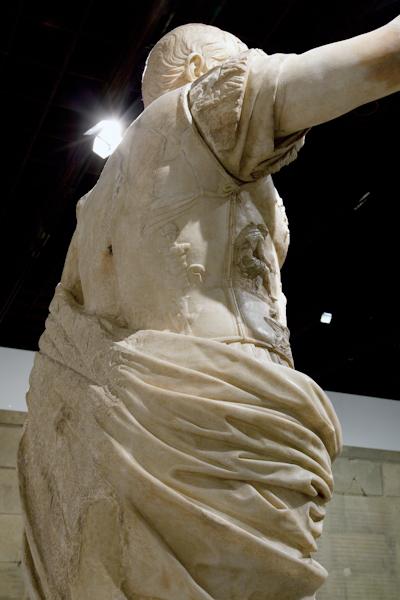 aldo_paredes_moi_auguste_empereur_rome_rmn-gp_hd-12