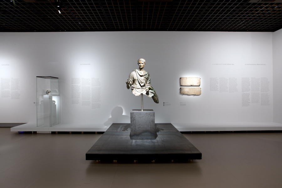 aldo_paredes_moi_auguste_empereur_rome_rmn-gp_hd-146